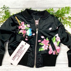 🌿🔥Girls Urban Republic Black Floral Jacket🌿